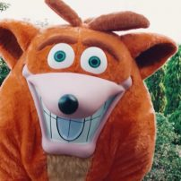 Crash Bandicoot 4 Promoted in Japan with Return of Live-Action Crash