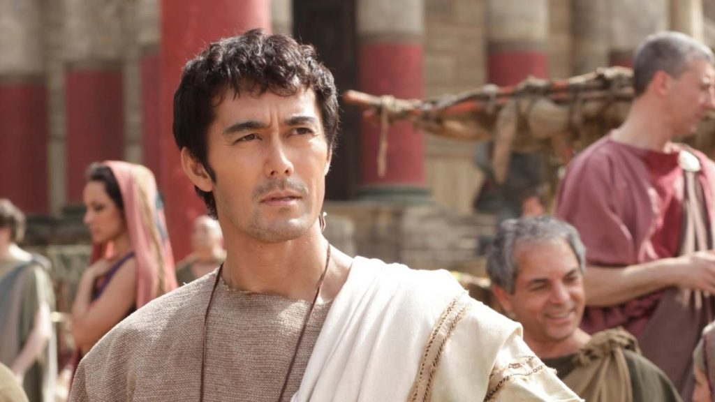 Hiroshi Abe stars in the Thermae Romae film