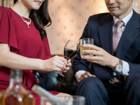 Two Japanese Politicians in Hot Water for Visiting Hostess Bars