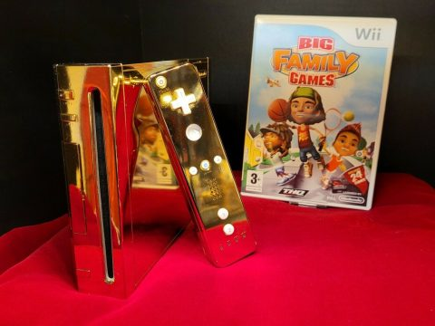 Queen Elizabeth II's Golden Wii Now Up for Sale for $300,000
