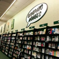 """Report: American Graphic Novel Sales """"Exploding"""" Because of Manga"""