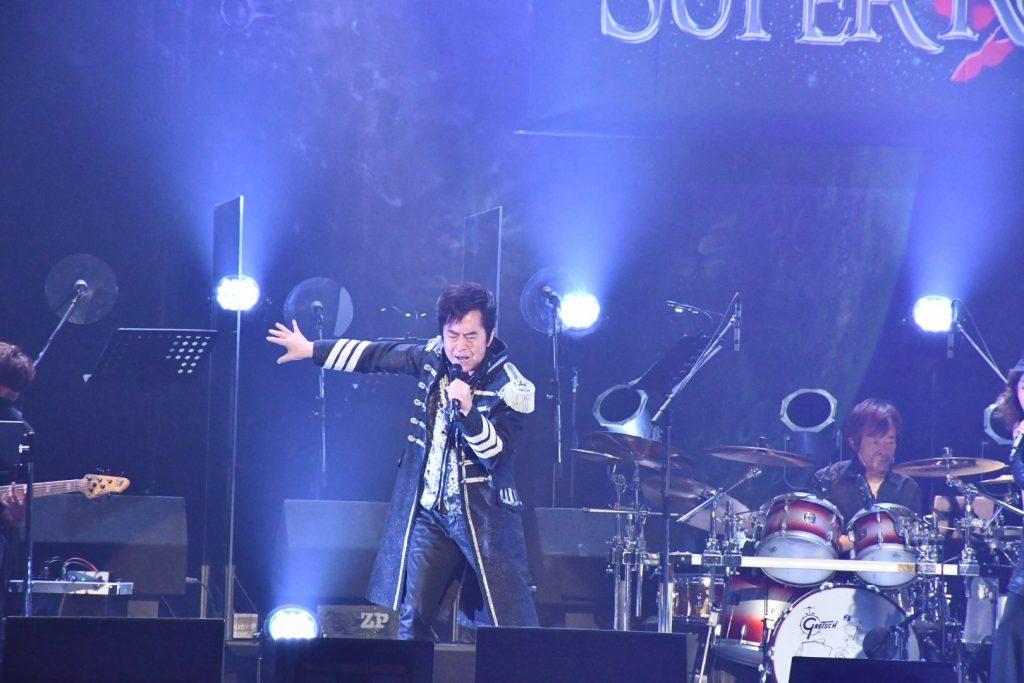 Singer Ichiro Mizuki Suffering from Partial Vocal Cord Paralysis