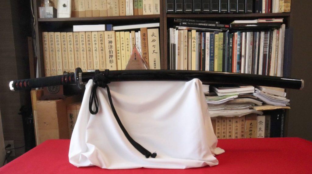 How a Japanese Sword Expert Created Tanjiro's Sword Mounts